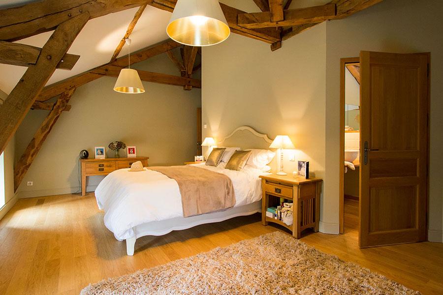 Bedroom_1_Joli_Fleuron_France