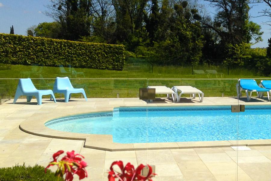 swimming pool area at Joli_Fleuron in SW France