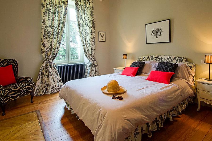 Bedroom_5_Joli_Fleuron_France