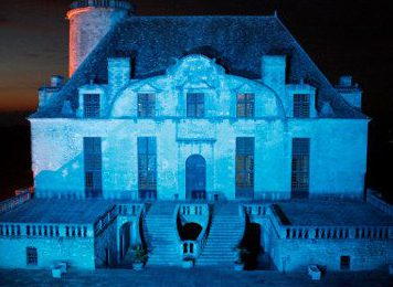 Duras Chateau Light Show
